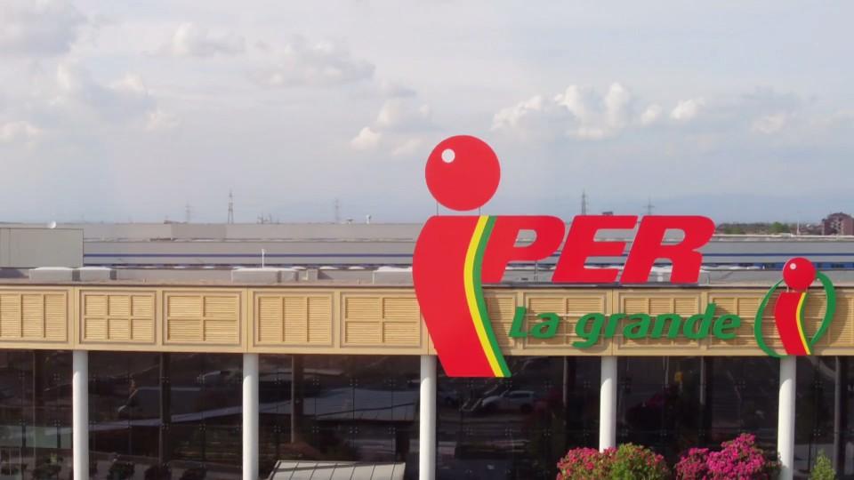 video inaugurazione del supermercato Iper al Centro di Arese prodotto da Nitrato d'argento